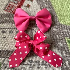 Other - Two Oversized Pink Hair Bows (2pc)